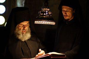 Mönche beim Gebet